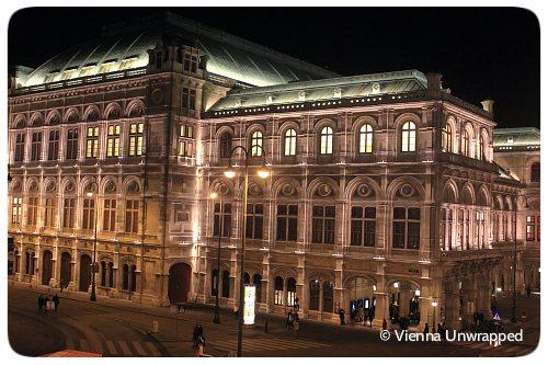 Vienna by night: State Opera